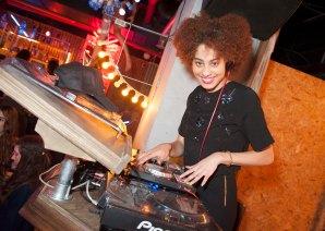 DJ Hannah Faith kicks off the proceedings...
