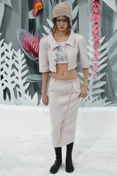 Chanel Spring Summer 15 Couture Beaded Bandeau Crop Top