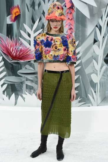Chanel's Spring Summer 15 Couture Heavily Beaded Crop Top