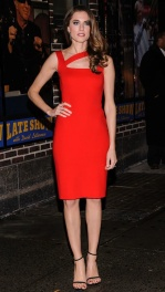 Allison Williams in a Ralph Lauren Black Label dress on the Letterman show